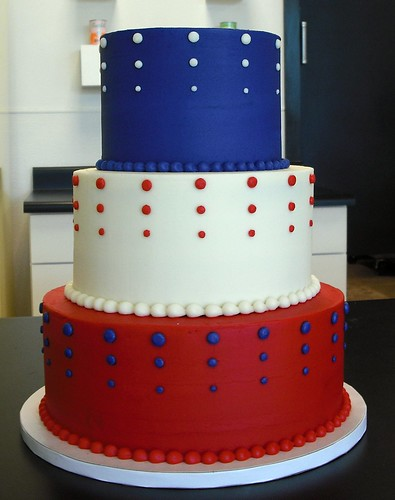 wedding cakes red white and blue the bridal cake white and blue wedding cakes 25360