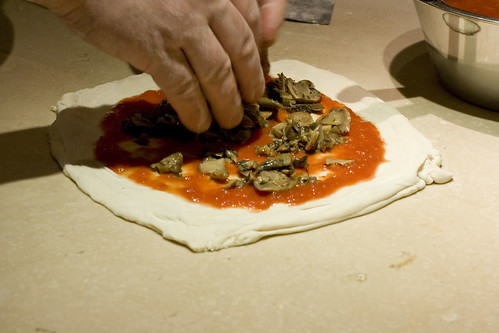 making pizza - mushrooms