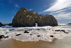 Pfeiffer Beach Arch (mojo2u) Tags: ocean california coast arch bigsur highway1 pacificocean portal hdr pfeiffer pfeifferbeach sigma1020mm photomatix nikond80 pfeifferarch