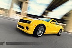 2010 Camaro SS Rig01_front (ojsantiago21) Tags: motion blur nikon downtown driving photographer cincinnati ss automotive camaro rig 2010 d300 blackstripes automotivephotographer rigshot ojsantiago rallyyellow