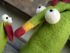 Good Morning :o) (Flocks&Klacks) Tags: green wool puppet handmade ooak felt merino lime grn feltro handpuppet filz wolle wetfelting kunsthandwerk handpuppe wetfelted wetfelt mrchenwolle nassfilz