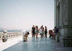 tourists in istanbul 4 (immu) Tags: people turkey europe olympus istanbul palace tourists xa topkapi olympusxa