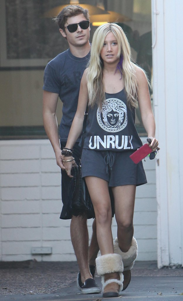 zac-efron-ashley-tisdale-patys-date%20(4)