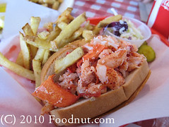 Lobster-Shack-Redwood-City-lobster-roll-sandwich (foodnut.com) Tags: food restaurant foodporn lobsterroll redwoodcity foodie seafoodrestaurant restaurantreview restaurantguide oldportlobstershack lobstersandwich foodnutcom