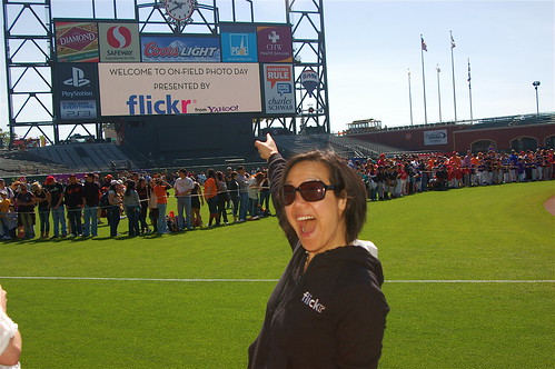 SF Giants Fan Photo Day: Happy