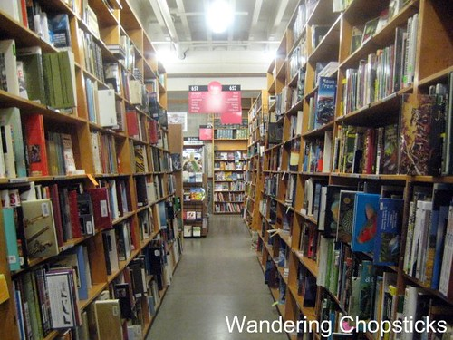 Day 4.13 Powell's Books - Portland - Oregon 8