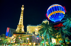 Las vegas, Nevada, casinos Paris Paris (meunierd) Tags: world camera our light game paris colors club night digital tour lasvegas nevada ballon lumiere nuit casinos jeu in effeil digitalcameraclub flickrlovers
