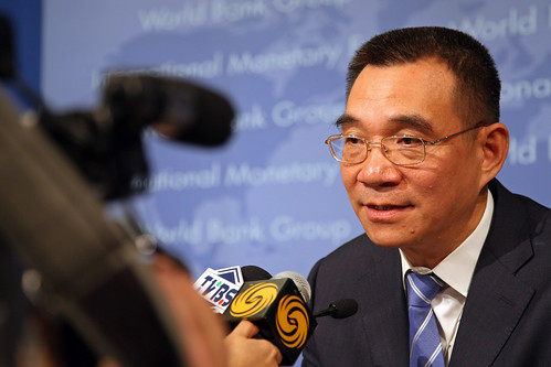 Global Monitoring Report 2009 Press Briefing. Justin Lin, WB Chief Economist. Photo: © Simone D. McCourtie / World Bank