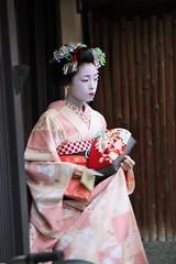 IMG_8041 (jorma) Tags: people japan kyoto maiko geiko takahina