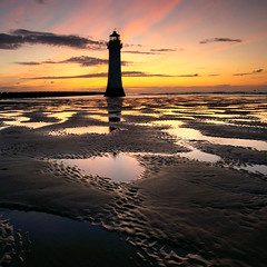 Perch Rock Sunset (Chris Beesley) Tags: lighthouse rock perch wirral newbrighton pentaxk100dsuper pentaxsmcda1645mm