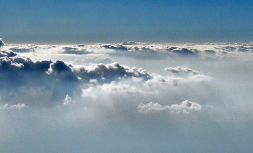 "aérea cielo 12 • <a style=""font-size:0.8em;"" href=""http://www.flickr.com/photos/30735181@N00/3775894669/"" target=""_blank"">View on Flickr</a>"