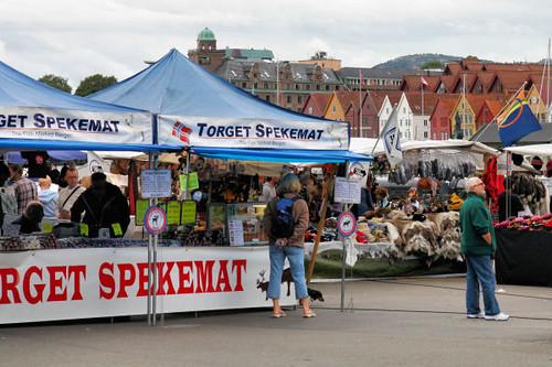 Bergen Market 3682 R