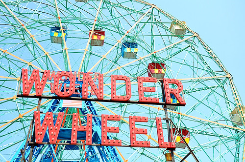 WonderWheelClose