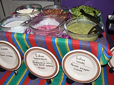 buffet salade + crema +salsa verde.jpg