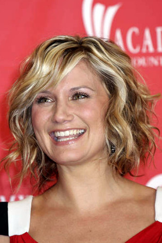Jennifer Nettles - hair 1