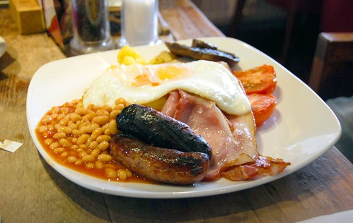 a proper english breakfast, london