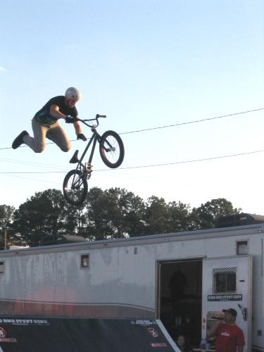 BMX Stunt Show - 5