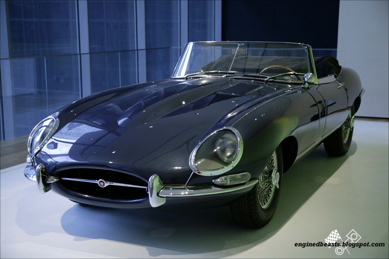 Jaguar E type OTS 01
