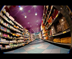 disco market (buttha) Tags: italy milan shopping italia angle milano perspective supermarket sma prospettiva spesa supermercato angolo corsia peleng8mmf35fisheye piazzafrattini theauthorsplaza