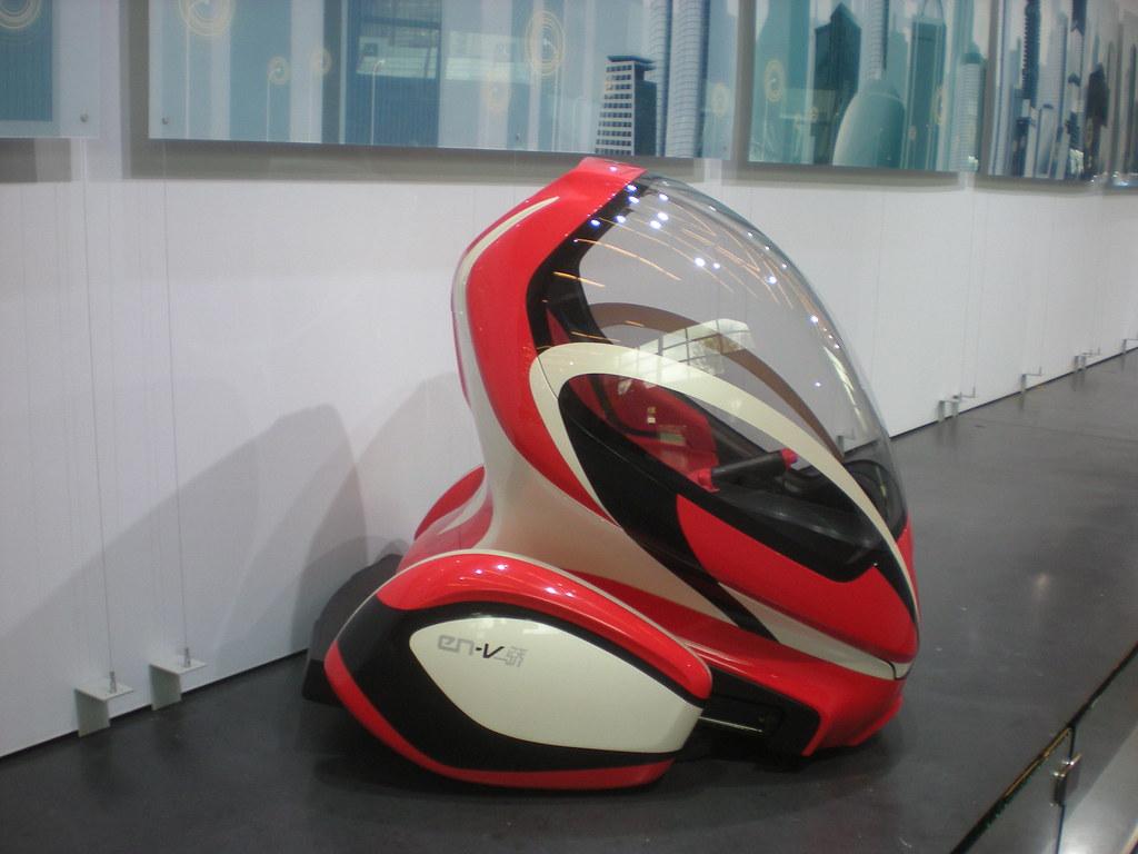 New York Auto Show, 2011 - General Motors EN-V