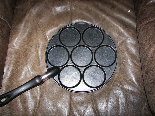 "Swedish Silver Dollar Pancake ""Plett"" Pan"