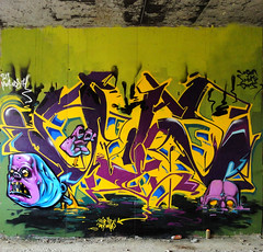 SEZ_ INCA :DeeP_inTO_dARK_WatERSSS (SRCARAMELOS) Tags: new urban art colors inca dark toys spain paint colours can spray alicante waters blam hunter cans sez graff nuevo colourz 2011 novedad 2k11 pistolo