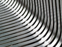 silver curves (werewegian) Tags: abstract metal silver bench glasgow seat curves olympus curvy picnik day188 jul09 gettysubmit werewegian minimalismtuesdays photoaday2009