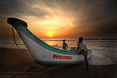 Boat Men (Light and Life -Murali ) Tags: morning india men marina boat explore 1020mm goodmorning marinabeach chennai frontpage tamilnadu boatmen 10mm img2924p1sc