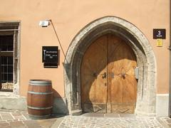 Tür in Innsbruck (solino_222) Tags: door austria tirol österreich puerta doors porta porte tür innsbruck autriche südtirol portone türen puertas portes portoni dwwg