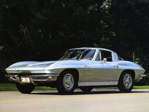 フリー画像| 自動車| スポーツカー| シボレー/Chevrolet| シボレー コルベット| 1963 Chevrolet Corvette Coupe| アメ車|     フリー素材|