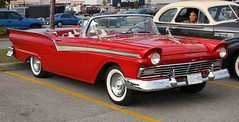 1957 Ford Fairlane 500 Skyliner hardtop convertible (carphoto) Tags: ford 1957 fairlane skyliner hardtopconvertible 1957fordfairlane500skyliner ajaxcruisecanadiantire2009 richardspiegelmancarphoto