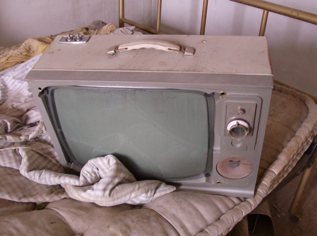 Uniontown Farmhouse, Old Television