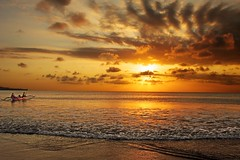 * bali * (peo pea) Tags: sunset red sea sky bali clouds jimbaran superaplus aplusphoto thebestofday gnneniyisi