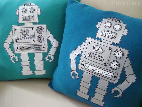 robot pillows