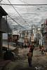 De jour comme de nuit, la population travaille. Comme dans une fourmilière, cela ne s'arrête jamais (La Rinconada, Puno, Pérou, août 2009)