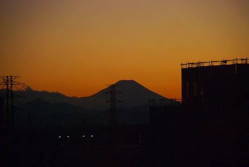 夕暮れの富士(志木 Version)