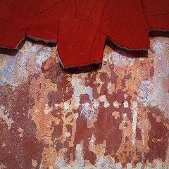 sma wall detail #101 (msdonnalee) Tags: red abstract building muro rot wall architecture rouge pared rojo arquitectura mura astratto mur rosso parede mauer abstrakt abstrait   mexicanwall mexicancolonialarchitecture wallsofsanmigueldeallende murosdesanmigueldeallende
