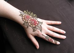 IMG_0220 (henna.elements) Tags: flower art floral beautiful tattoo design hands drawing paste henna westernmass hinna kripalu mehandi mehendhi hennaelements