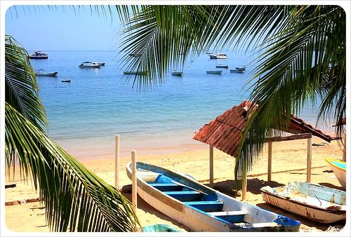Tabago Island beach & boats