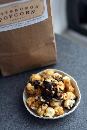 Chocolate Pecan Praline Popcorn