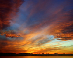 Beautiful night (//puzzle) Tags: ocean sunset red sun color water beautiful night pretty mywinners