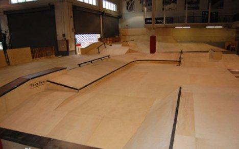 3298500578 70f4aec263 o 10 Arena Skateboard Yang Super Keren