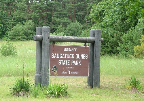 Saugatuck dunes park sign