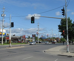 Black Traffic Lights (Sean_Marshall) Tags: ontario trafficlight yongestreet trafficsignal richmondhill