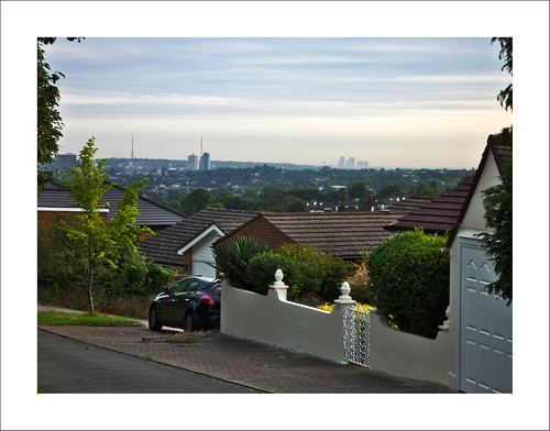 Croydon & London from Riddlesdown P1000165-01