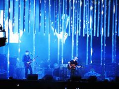 blue (laconics) Tags: show blue brazil music brasil concert saopaulo stage sp radiohead yorke palco krafwerk justafest chacaradojockey