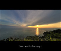 ... Boundary ... (liewwk - www.liewwkphoto.com) Tags: light sunset sea sky house port landscape malaysia dickson boundary api tuan rumah tg tanjung sembilan negeri abigfave platinumphoto platinumheartaward