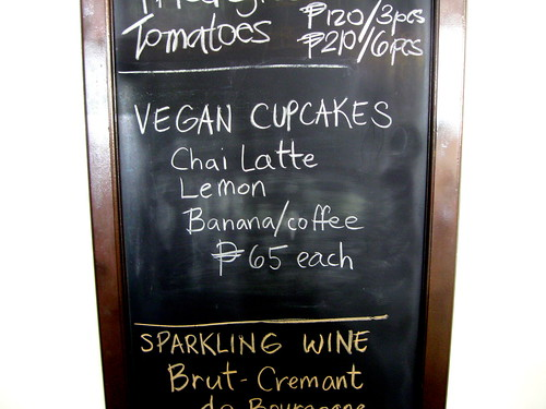 Corner Tree Cafe's Specials: vegan cupcakes!