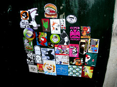combo by me and pequeo Bu (Palma de Mallorca) (Mr.Marble) Tags: street art sticker thing stickers funky marble combo rombos klep dirz rombillos klepattacks klepattackscom