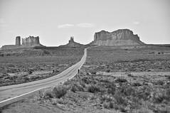 Monument Valley, AZ (Rolling Stone2009) Tags: bw az monumentvalley us163
